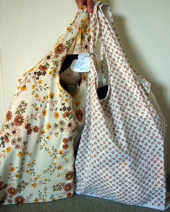How To Make Eco Shopping Bag From An Old Pillowcase Sew In Love