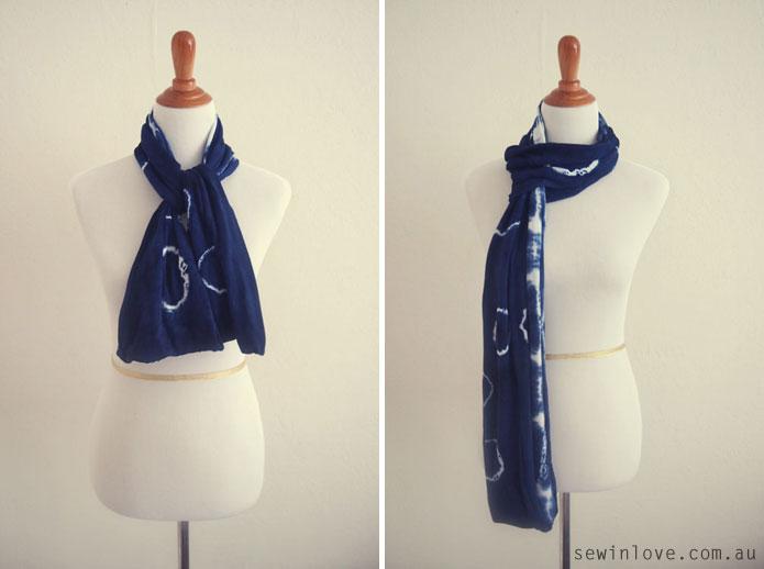 Shibori-Tie-Dye-Circular-Scarf-How-to-tie-2