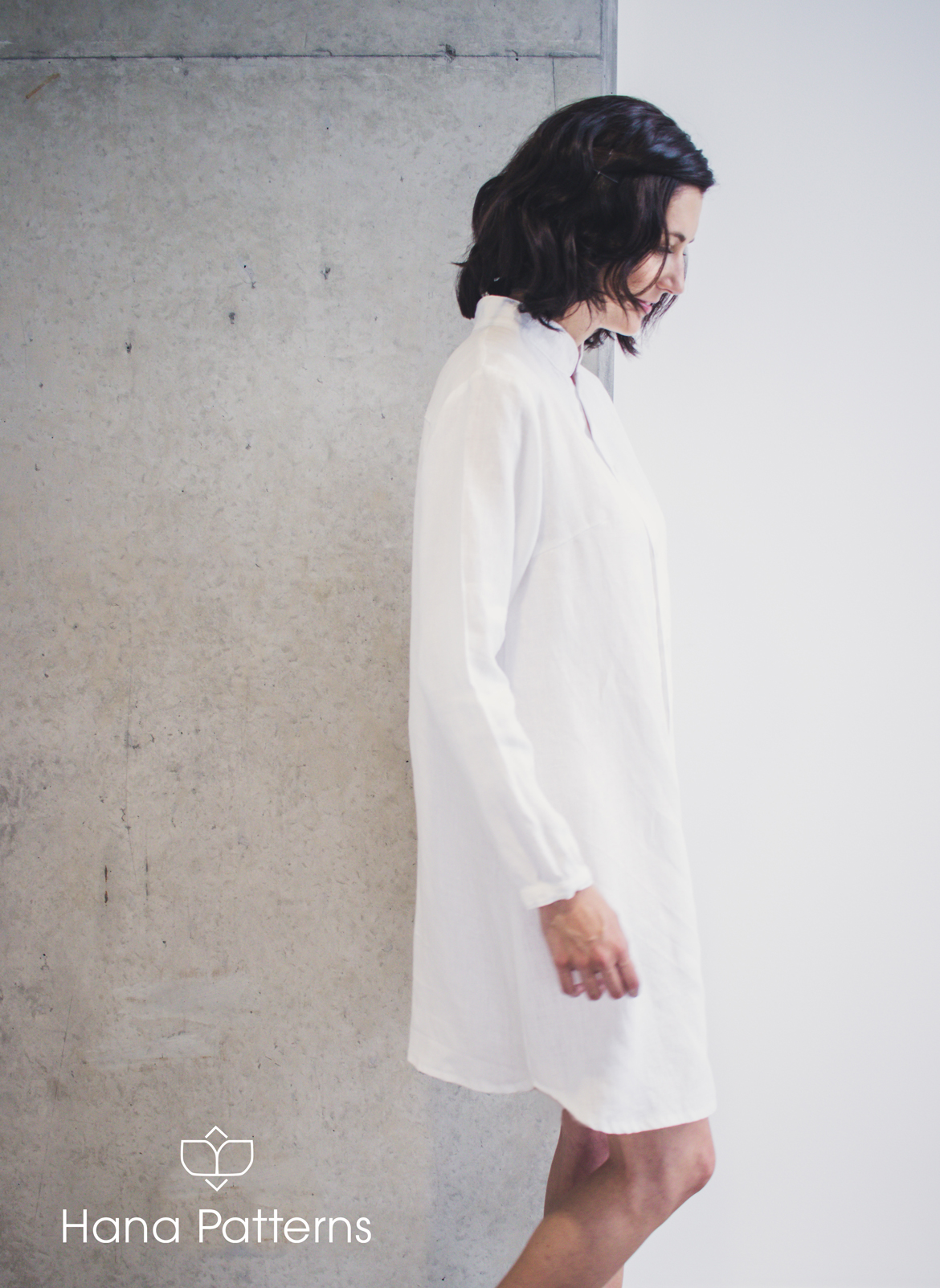 HAIKU Mandarin Collar Shirt Dress Sewing Pattern by Hana Patterns | A modern take on the mandarin collar. Beautiful and effortless in linen. Sewing pattern is available in sizes US 2 to 24. Go to www.hanapatterns.com for more minimalist fashion sewing patterns. #hanapatterns