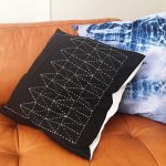 Free Sashiko Pattern: Make a Japanese embroidered pillow!